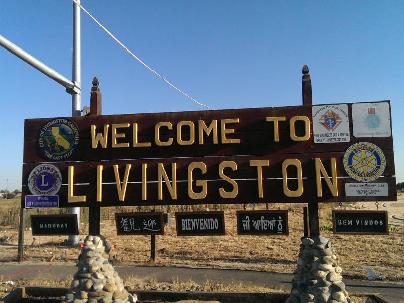 welcome to livingston sign