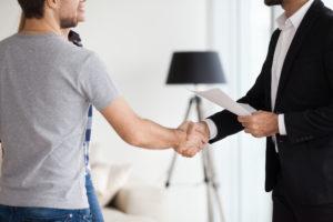 Virginia Beach Couple Meeting With Landlord