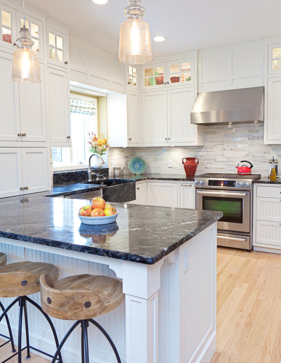 New Light Fixtures to Brighten Your Gonzalez Rental Property