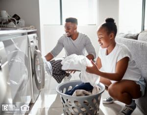 Flushing Couple Doing Laundry