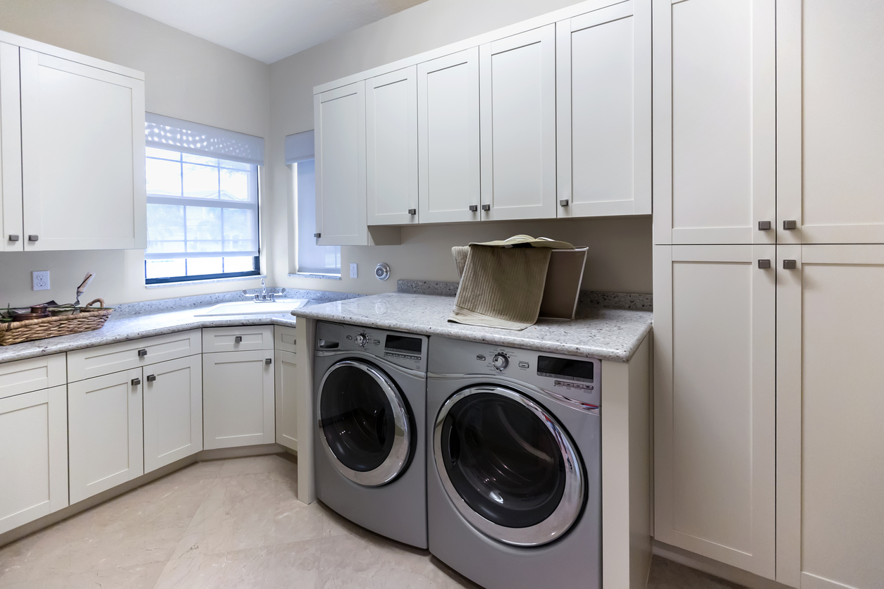 Salt Lake City Rental Property Equipped with Electric Washer and Dryer