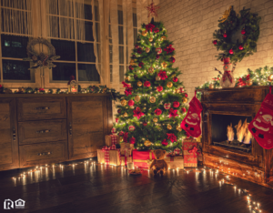 A Decorated Christmas Tree in the Living Room of a Rental Property in Sandy