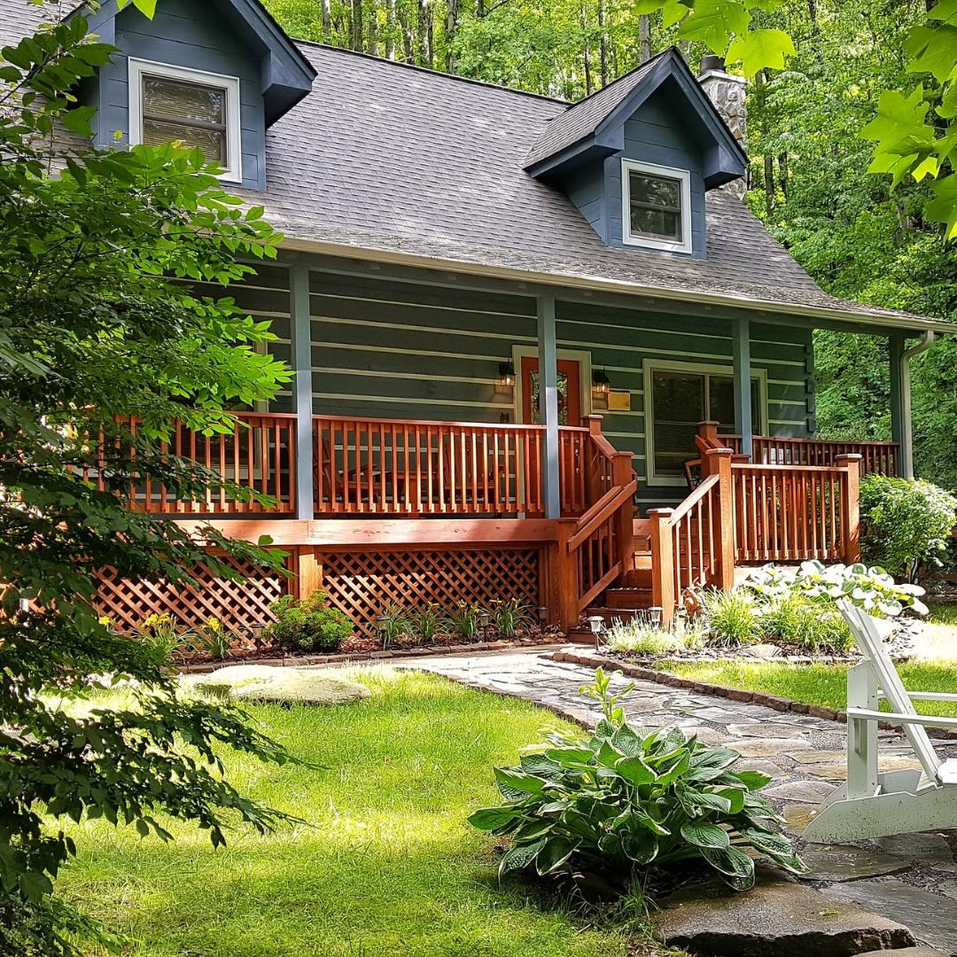 A Cozy Cabin in Huntersville NC
