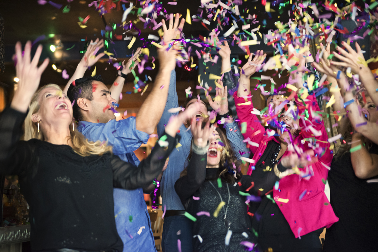 Moorpark Tenant's Hosting a New Year's Eve Party