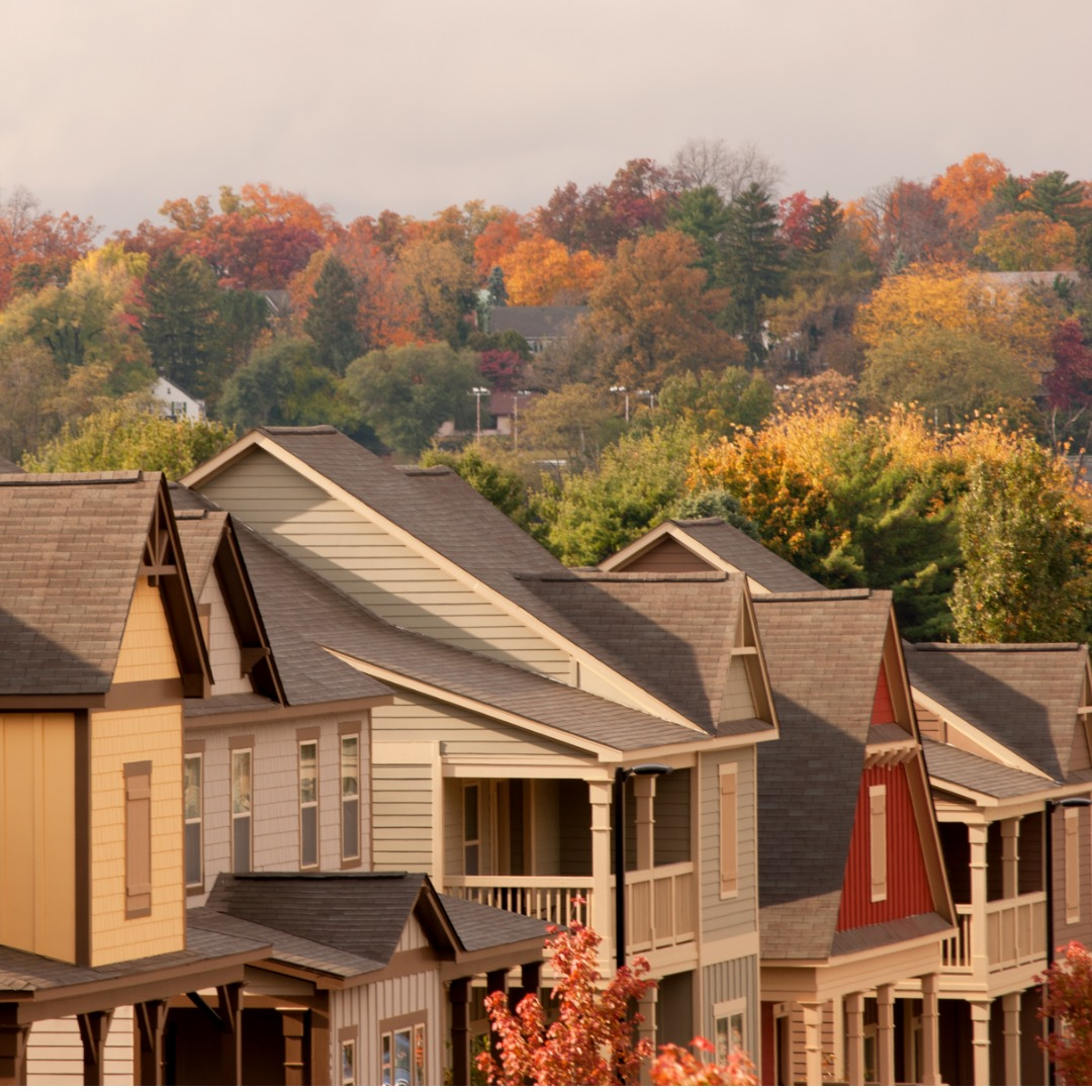 Townhomes surrounded by fall foliage in Pennsylvania