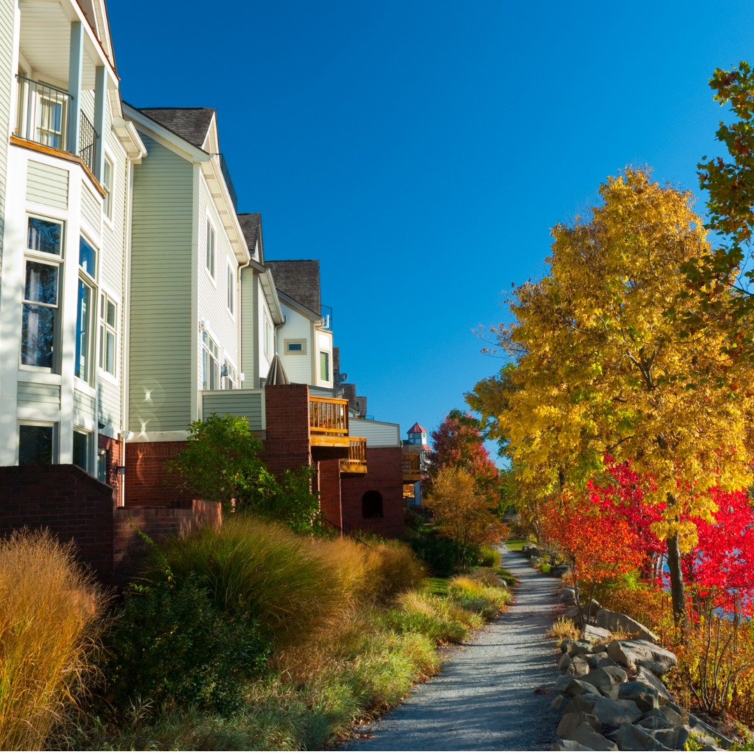 Townhouses in autumn next to Pittsburgh, Pennsylvania