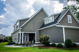 Monona Rental Property Exterior and Patio